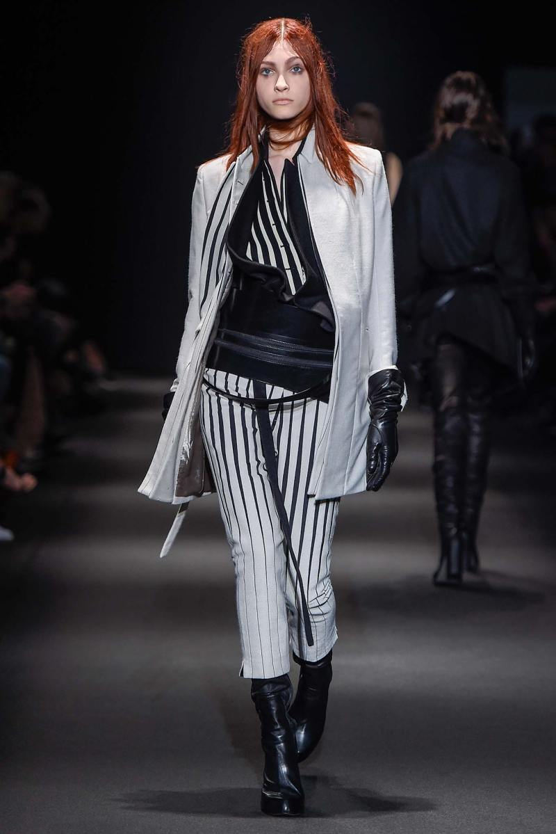 Ann Demeulemeester Ready to Wear FW 2015 PFW (12)