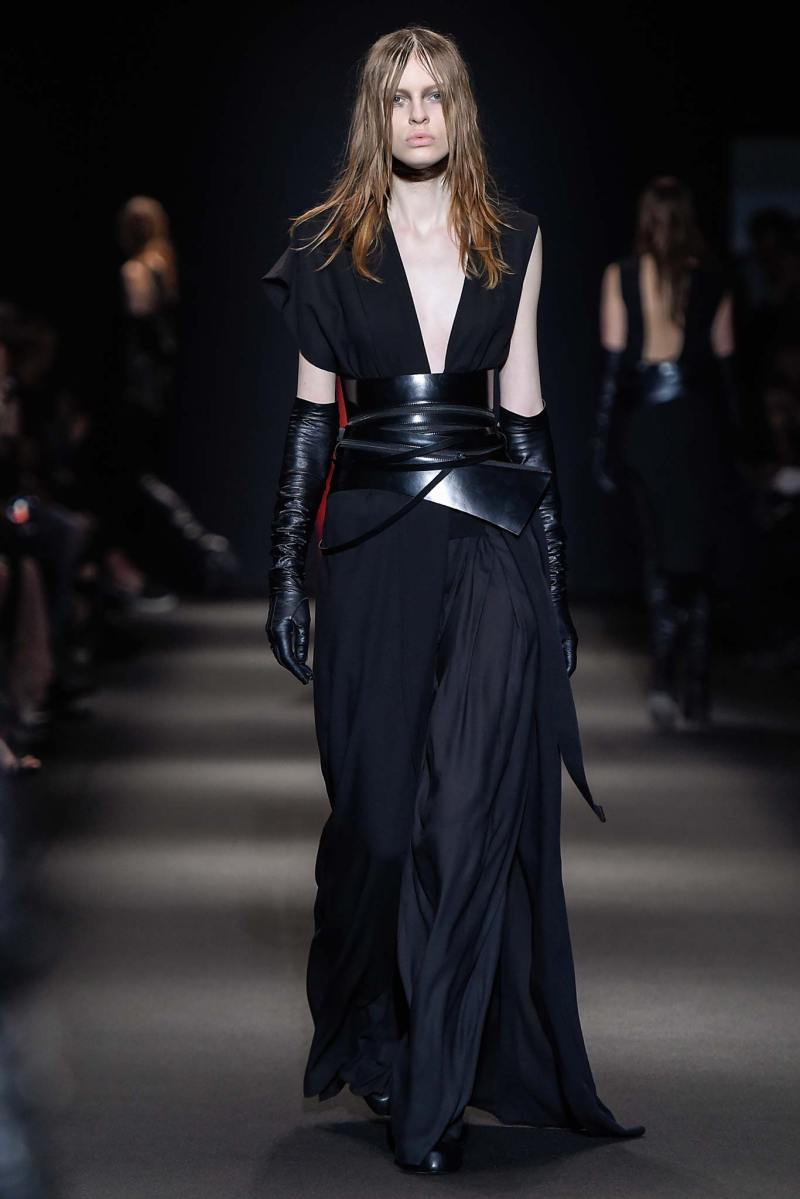 Ann Demeulemeester Ready to Wear FW 2015 PFW (20)