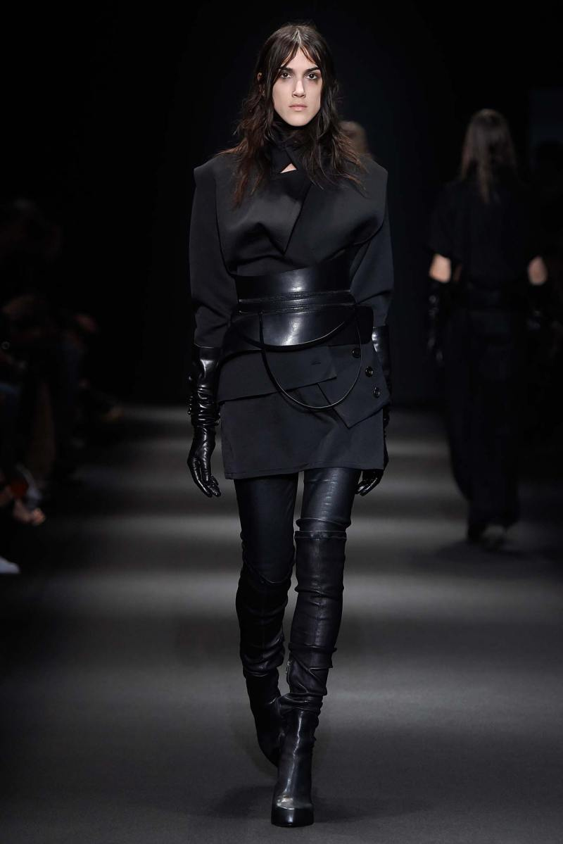 Ann Demeulemeester Ready to Wear FW 2015 PFW (3)