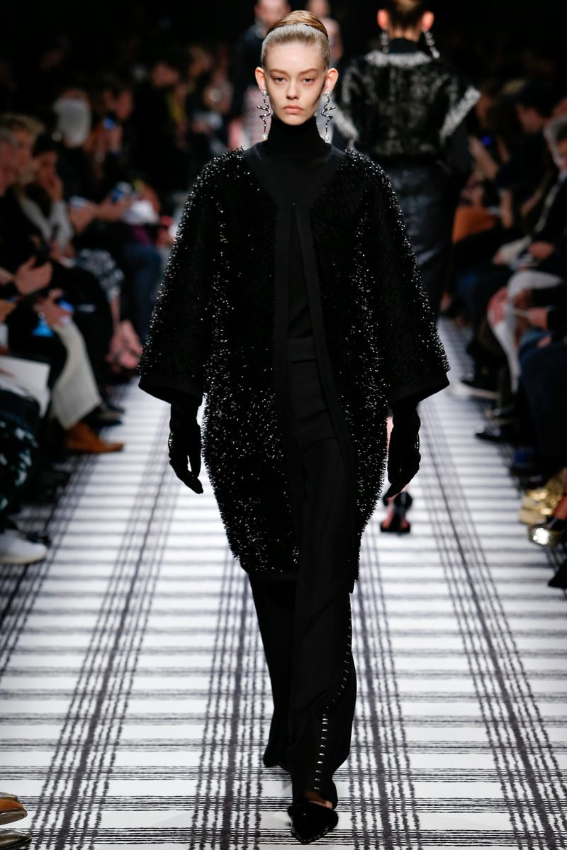 Balenciaga Ready to Wear FW 2015 PFW (12)