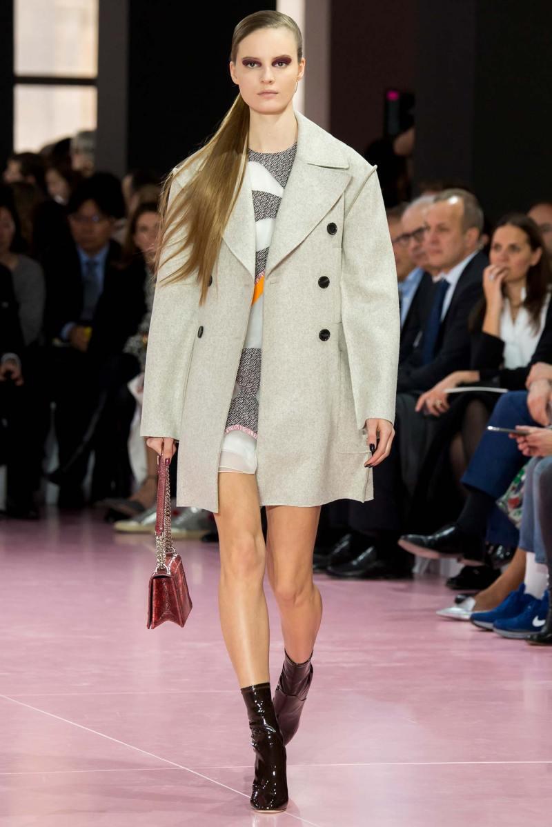 Christian Dior Ready to Wear fw 2015 pfw (29)
