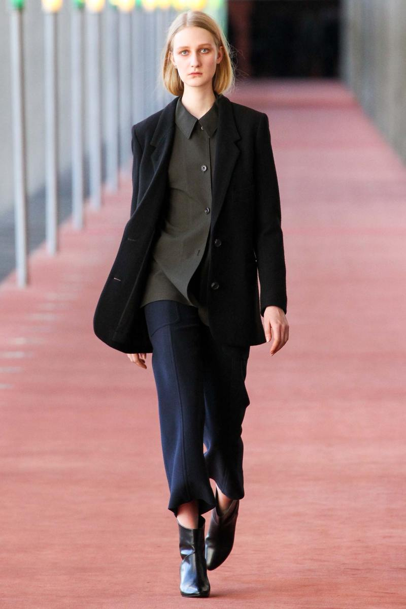 Christophe Lemaire Ready to Wear FW 2015 PFW (9)