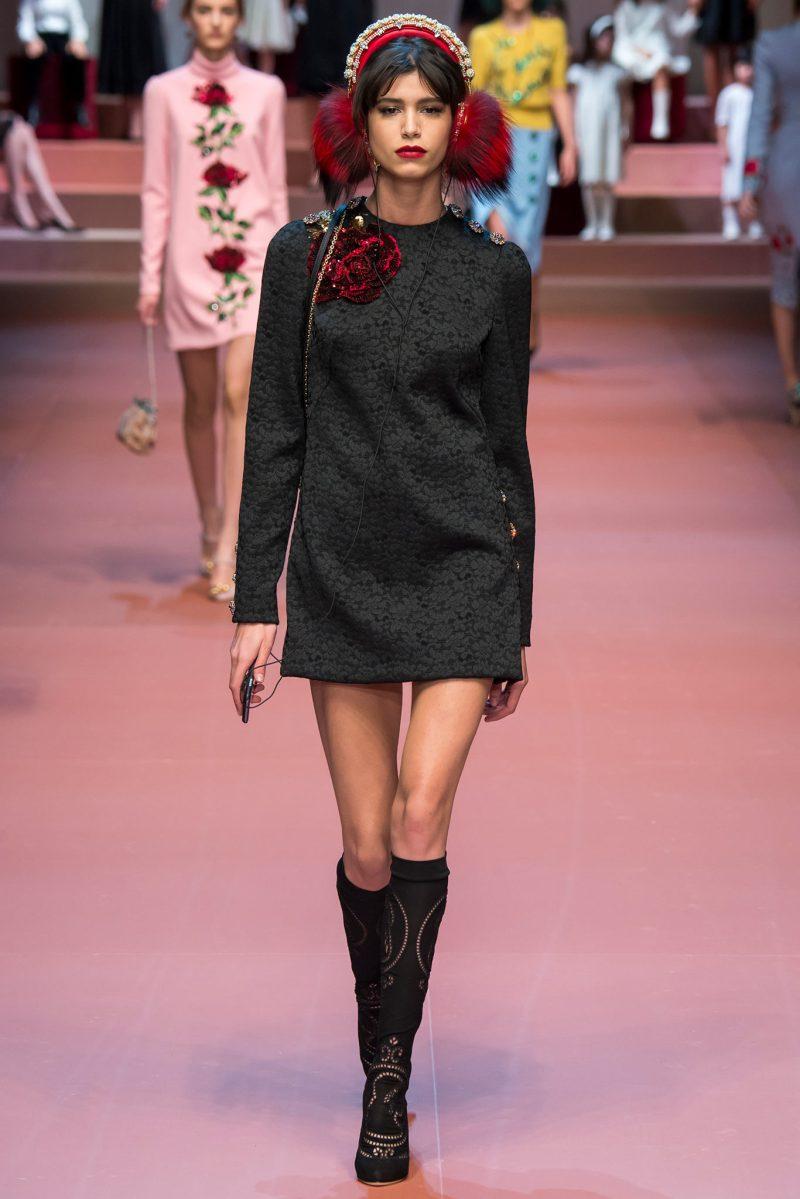Dolce & Gabbana Ready to Wear FW 2015 MFW (22)