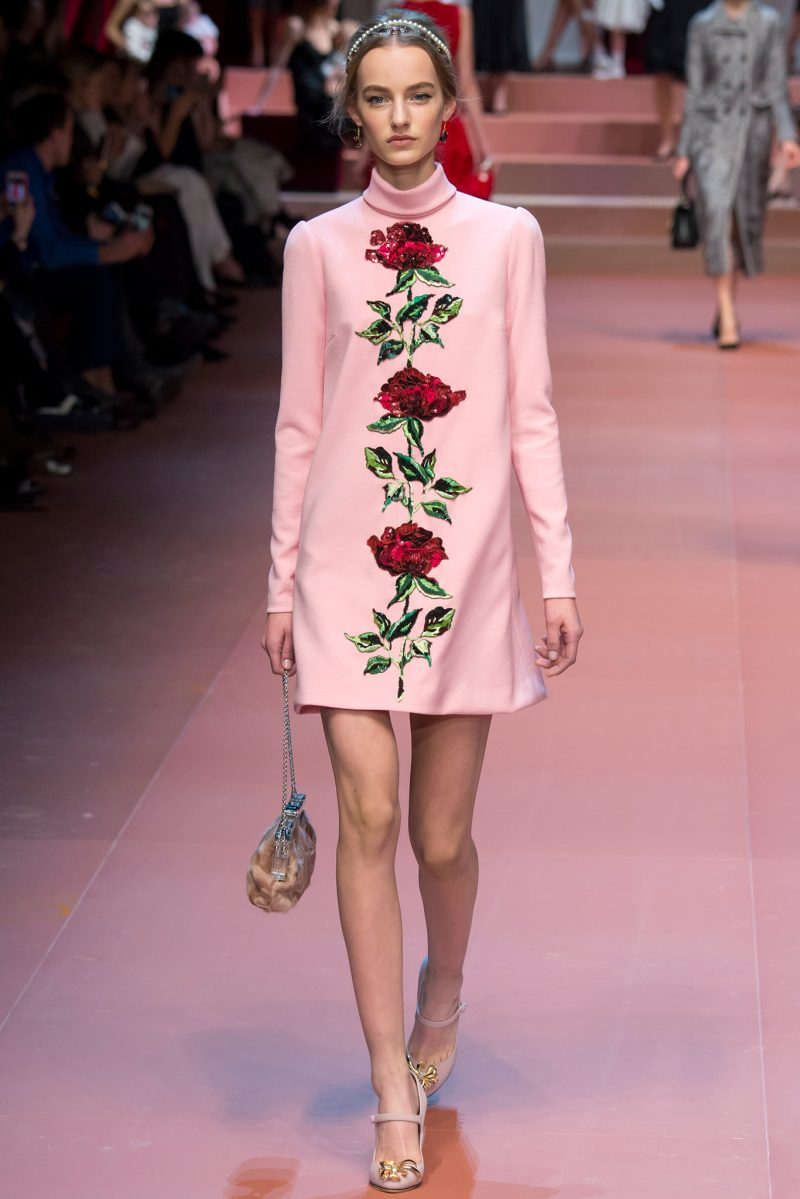Dolce & Gabbana Ready to Wear FW 2015 MFW (23)