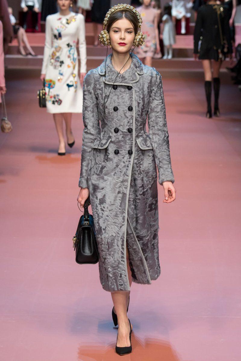 Dolce & Gabbana Ready to Wear FW 2015 MFW (25)