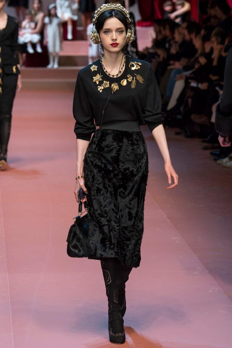 Dolce & Gabbana Ready to Wear FW 2015 MFW (36)
