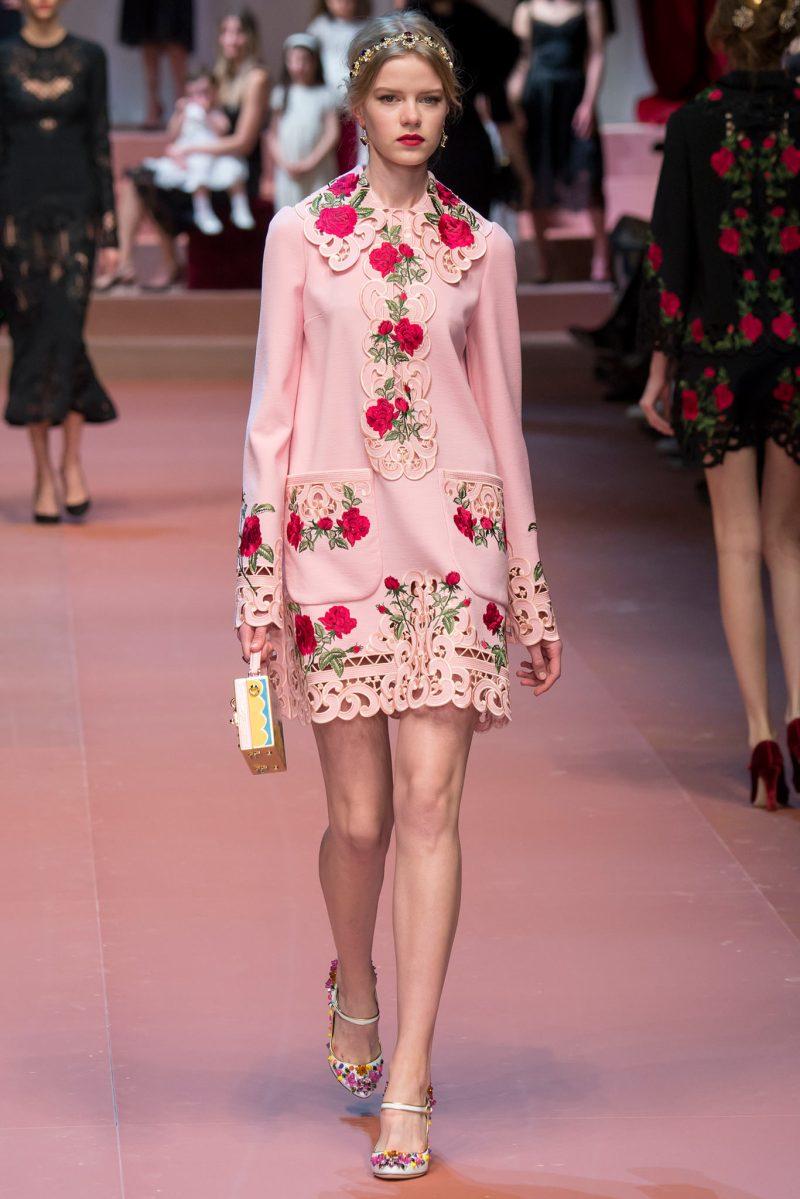 Dolce & Gabbana Ready to Wear FW 2015 MFW (54)