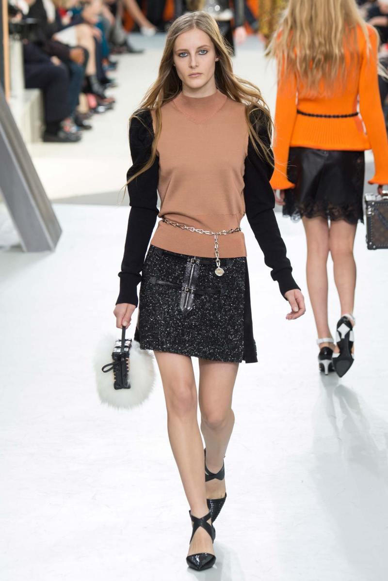 Louis Vuitton Ready to Wear FW 2015 PFW (30)