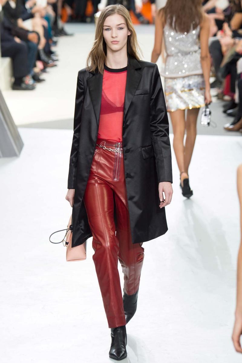 Louis Vuitton Ready to Wear FW 2015 PFW (40)