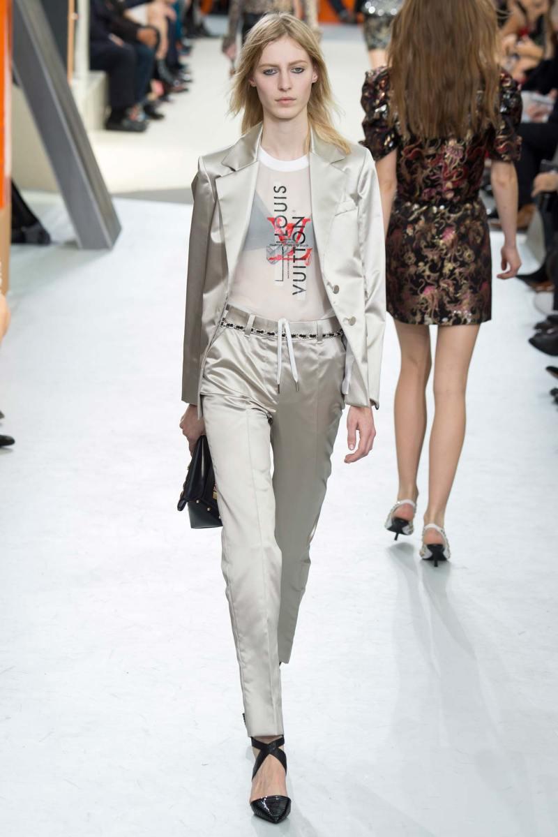 Louis Vuitton Ready to Wear FW 2015 PFW (42)