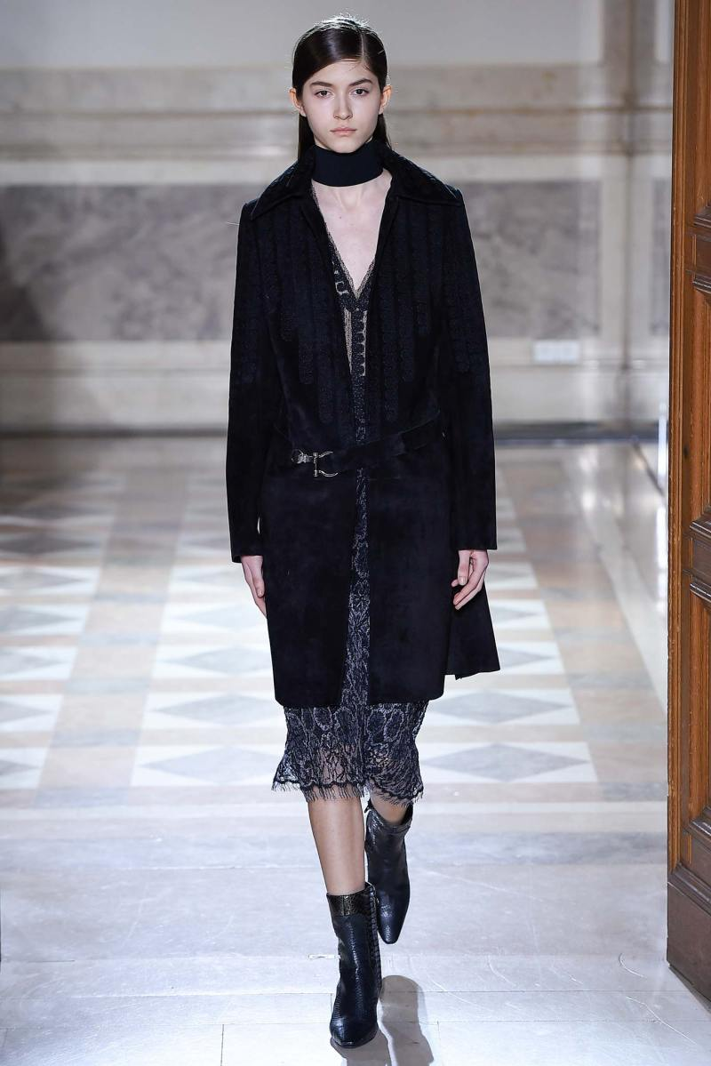 Sharon Wauchob Ready to Wear FW 2015 PFW (7)