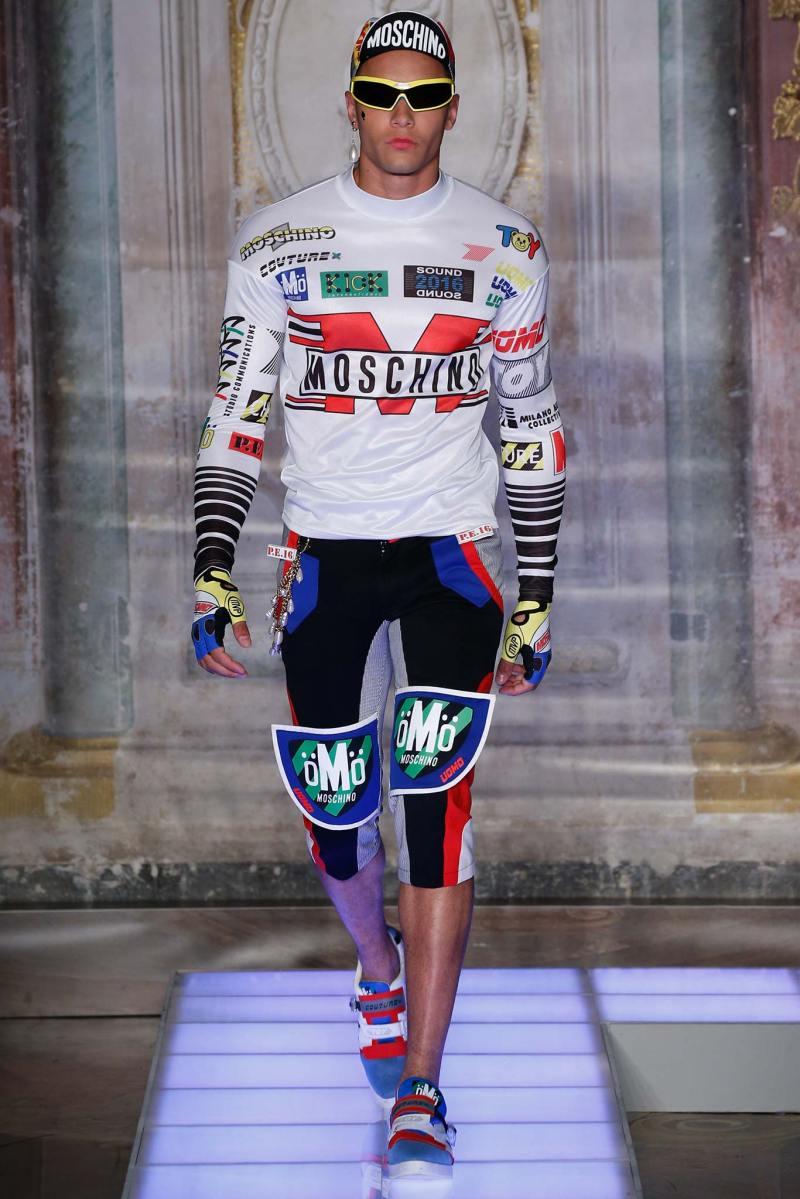 Moschino Menswear SS 2016 (10)