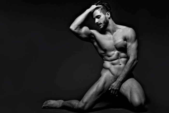Orlando Baronne by photographer Ronaldo Gutierrez (3)