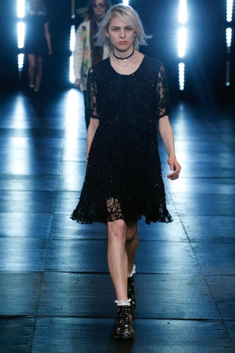 Saint Laurent Menswear SS 2016 Paris (2)