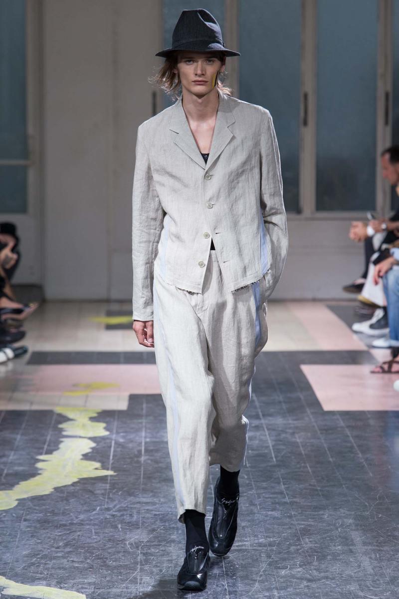Yohji Yamamoto Menswear SS 2016 Paris (21)
