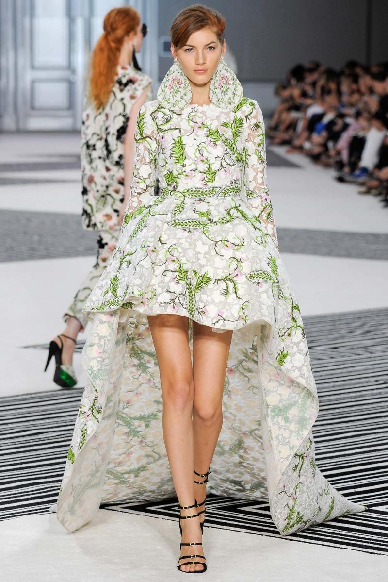 Giambattista Valli Haute Couture FW 2015 Paris (44)