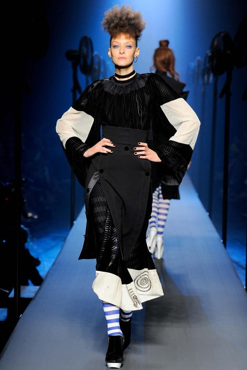 Jean Paul Gaultier Haute Couture FW 2015 Paris (18)