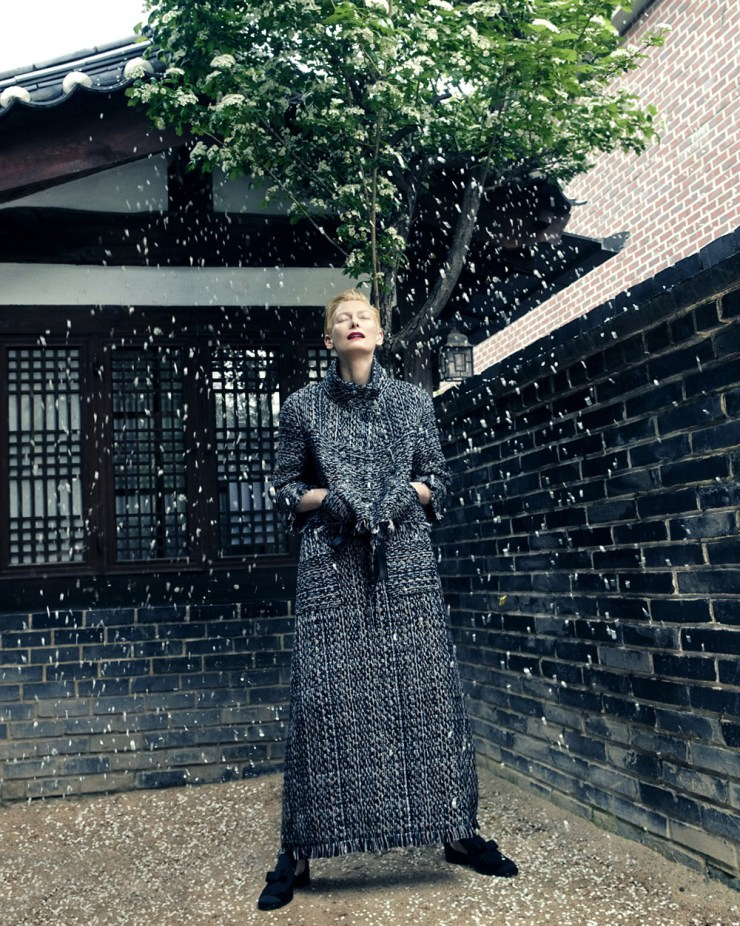 tilda-swinton-by-hong-jang-hyun-for-vogue-korea-august-2015-1