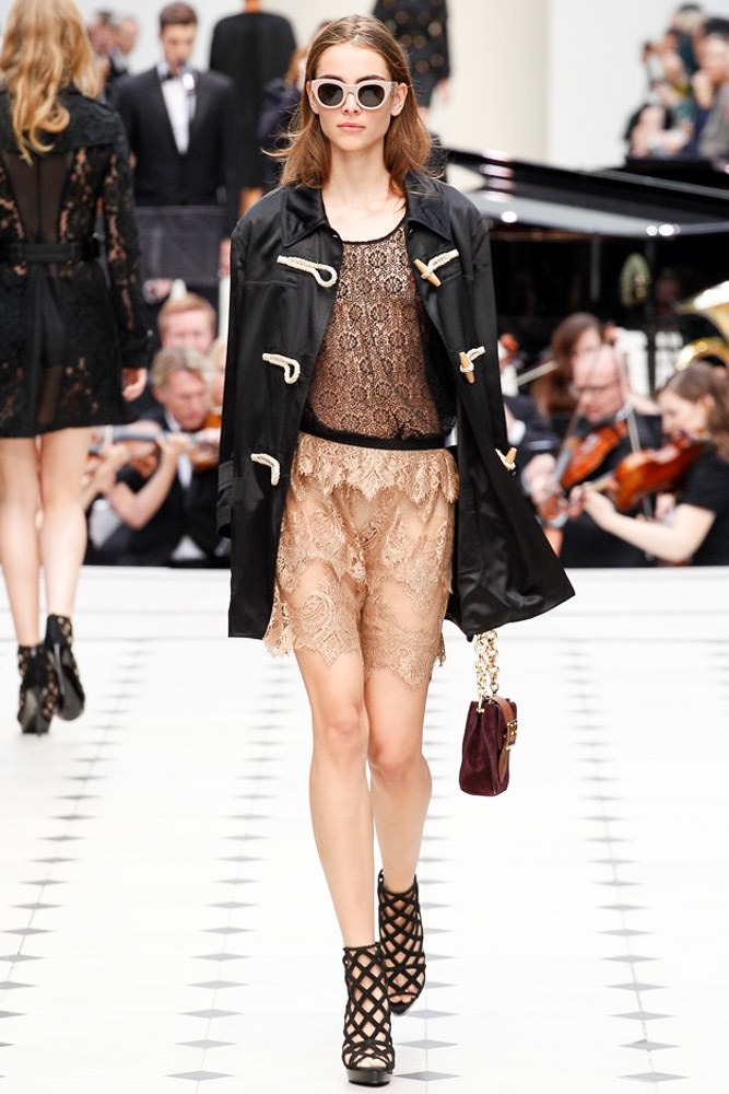 Burberry Prorsum Ready To Wear SS 2016 LFW (14)