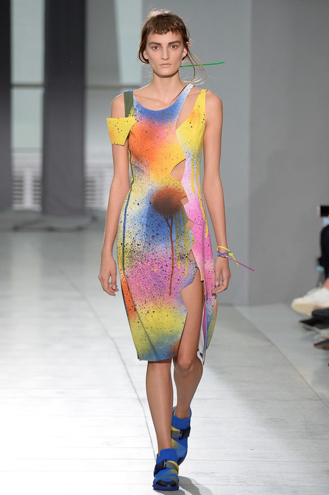 Christopher Kane Ready To Wear SS 2016 LFW (2)