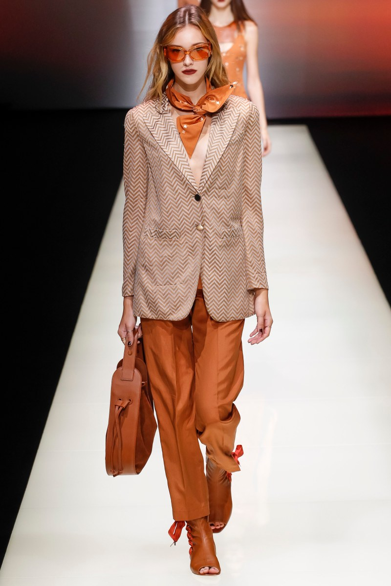 Emporio Armani Ready To Wear SS 2016 MFW (24)