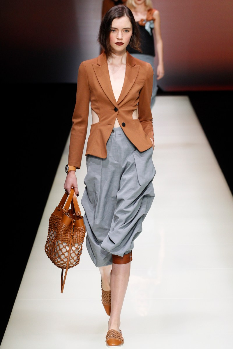Emporio Armani Ready To Wear SS 2016 MFW (26)