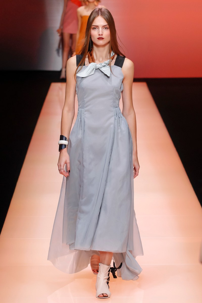 Emporio Armani Ready To Wear SS 2016 MFW (65)