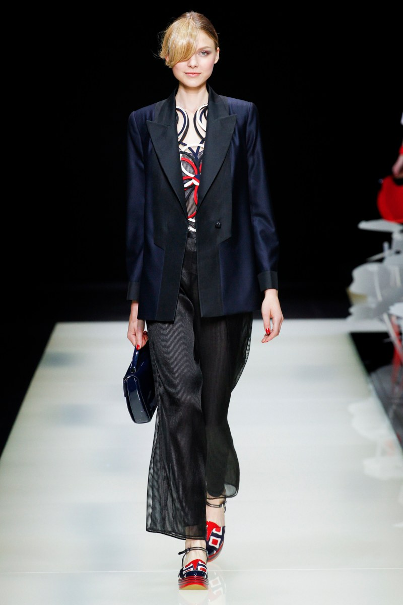 Giorgio Armani Ready To Wear SS 2016 MFW (31)