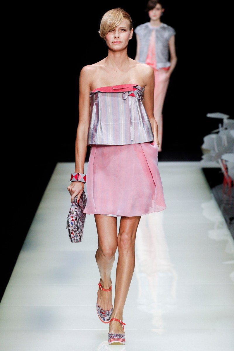 Giorgio Armani Ready To Wear SS 2016 MFW (8)