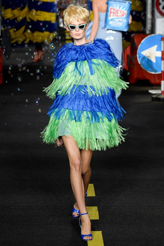 Moschino Ready To Wear SS 2016 MFW (51)