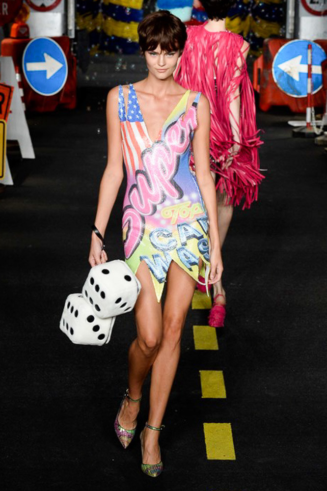 Moschino Ready To Wear SS 2016 MFW (59)