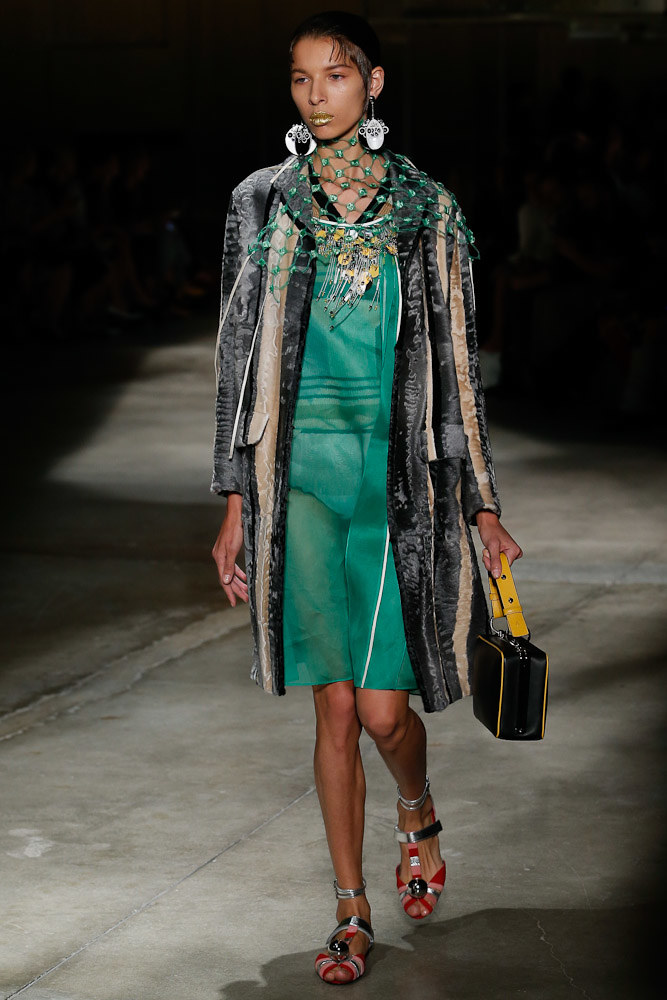 Prada Ready To Wear SS 2016 MFW (39)