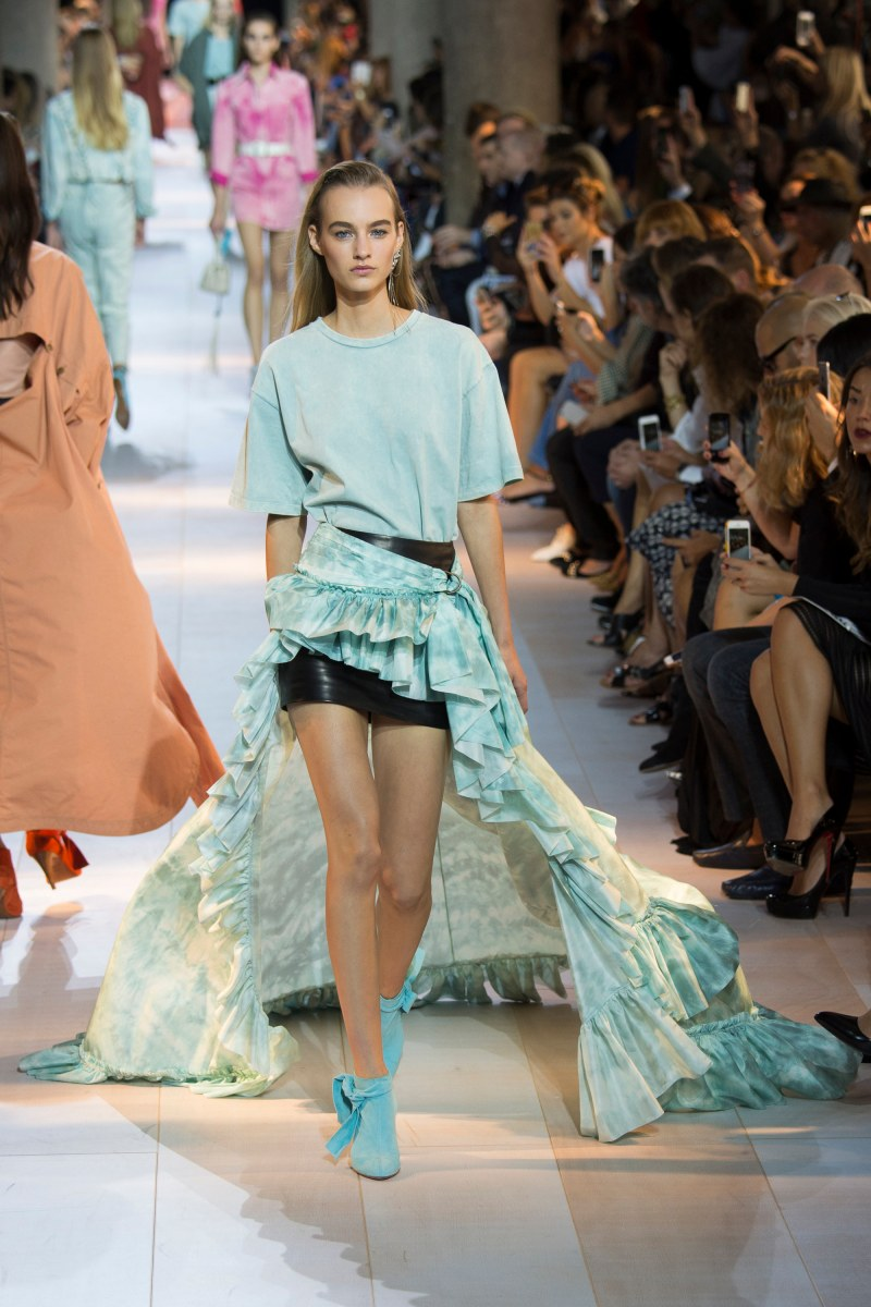 Roberto Cavalli Ready To Wear SS 2016 MFW (5)