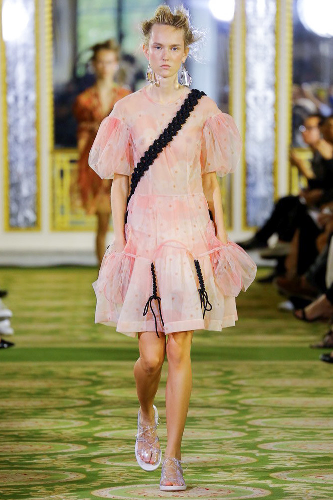 Simone Rocha Ready To Wear SS 2016 LFW (2)