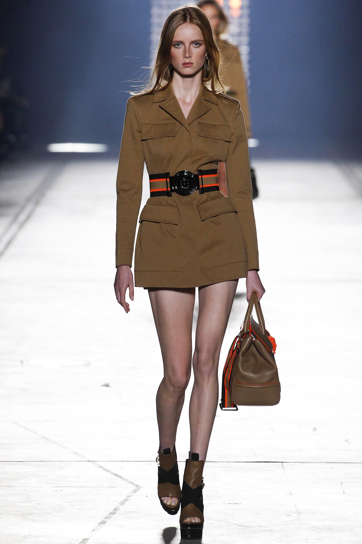 Versace Ready To Wear SS 2016 MFW