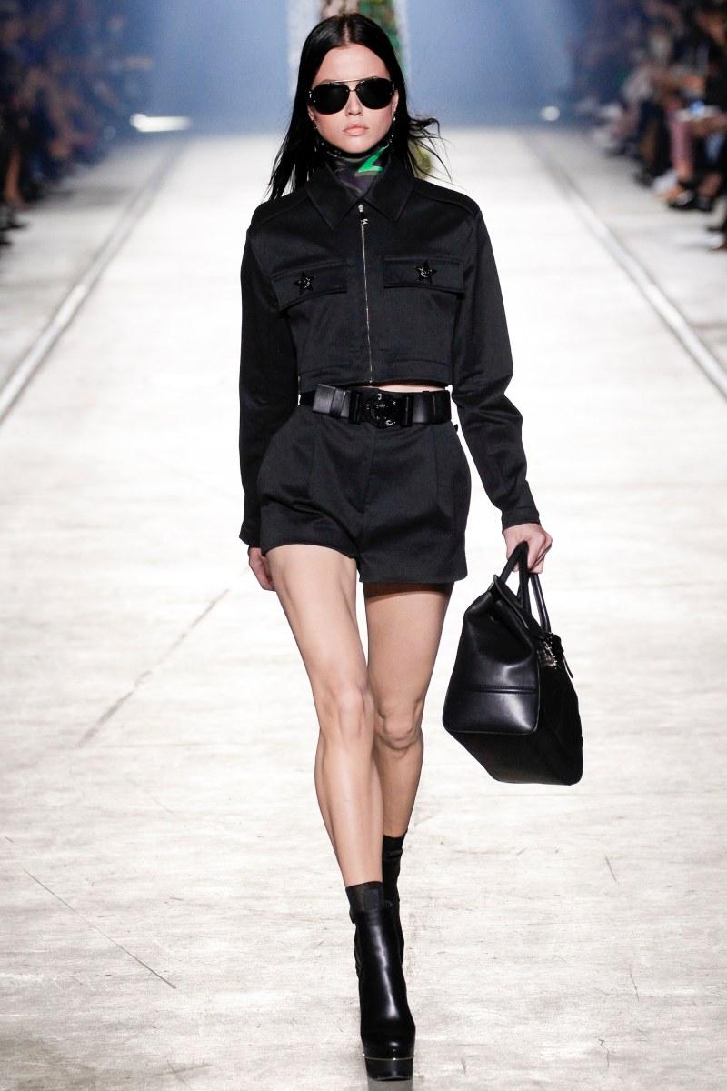 Versace Ready To Wear SS 2016 MFW (30)