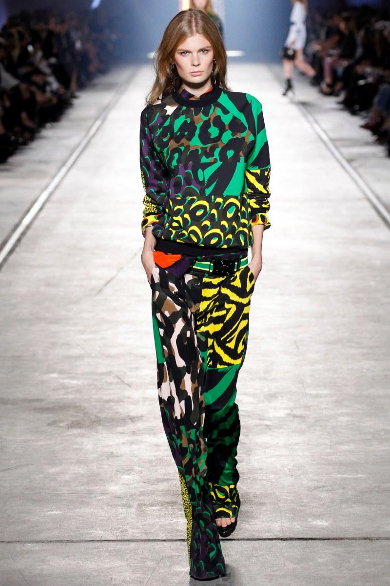 Versace Ready To Wear SS 2016 MFW (32)