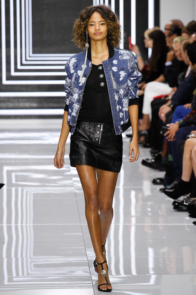 Versus Versace Ready To Wear SS 2016 LFW (36)