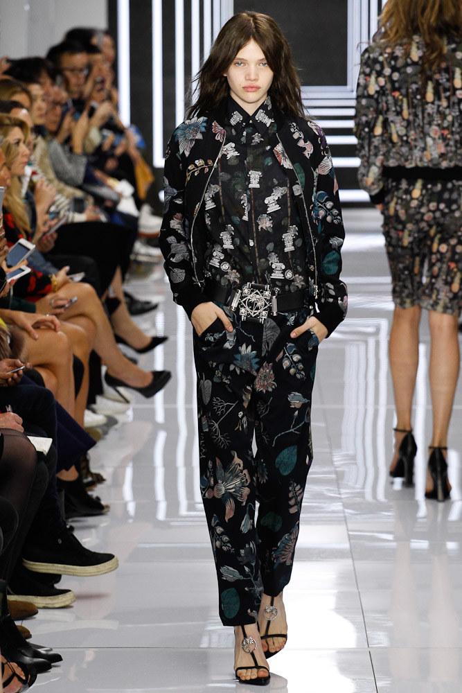 Versus Versace Ready To Wear SS 2016 LFW (44)