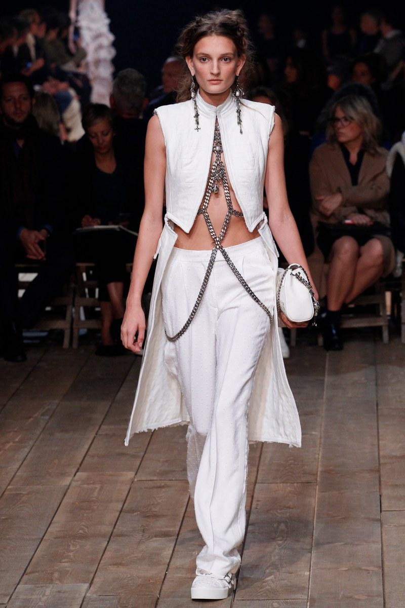 Alexander McQueen Ready To Wear SS 2016 PFW (7)