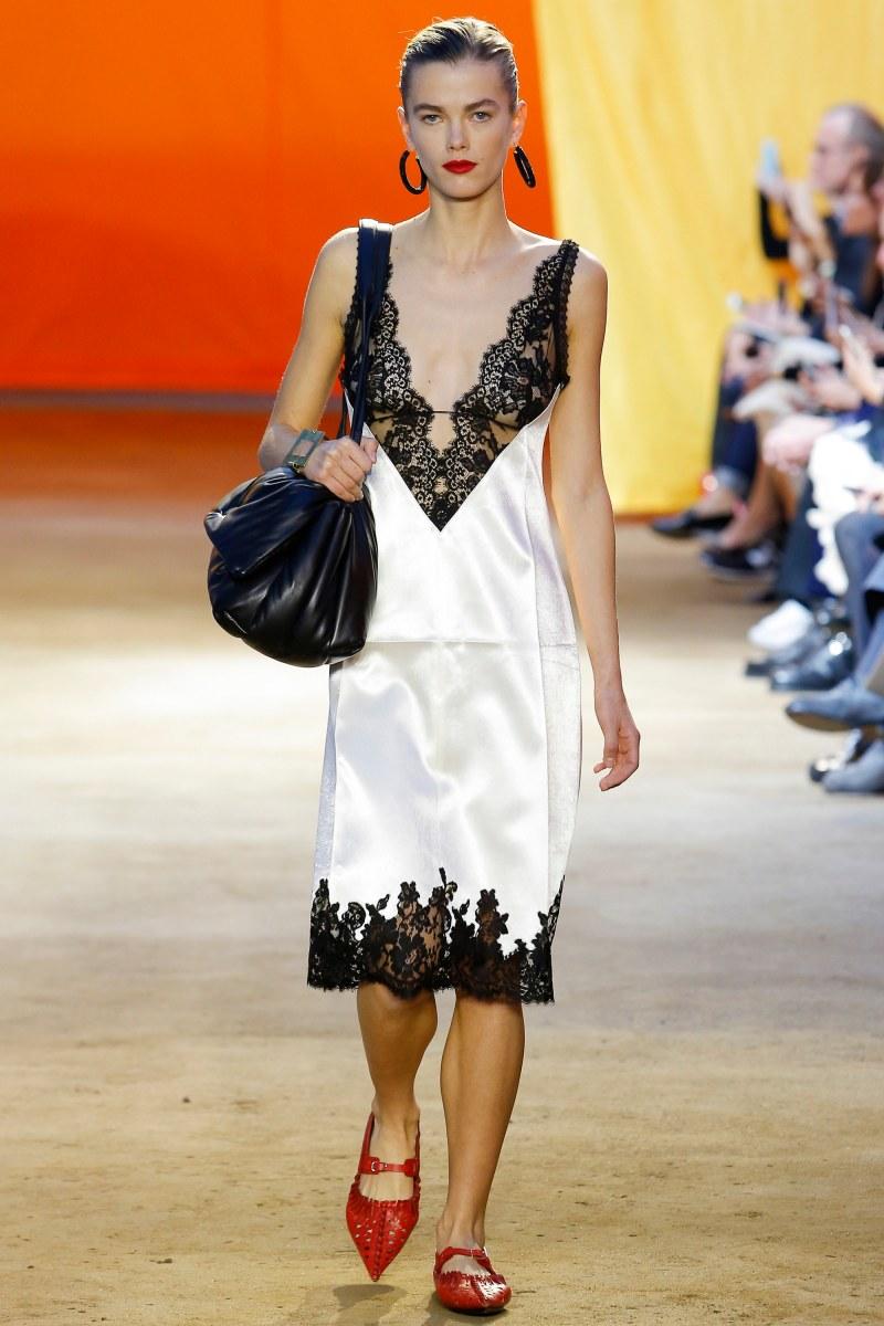 Céline Ready To Wear SS 2016 PFW (4)
