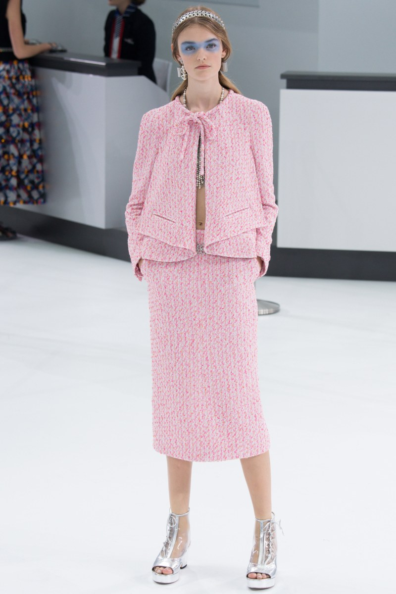 Chanel Ready To Wear SS 2016 PFW (54)