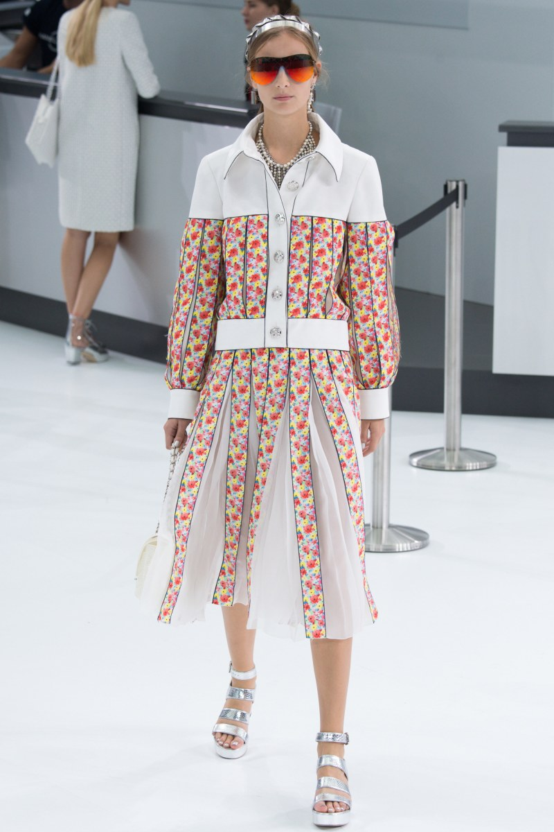 Chanel Ready To Wear SS 2016 PFW (64)