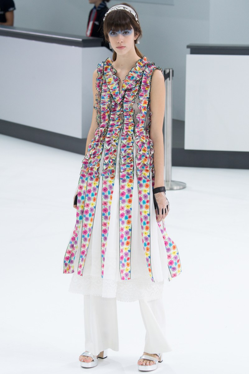 Chanel Ready To Wear SS 2016 PFW (66)