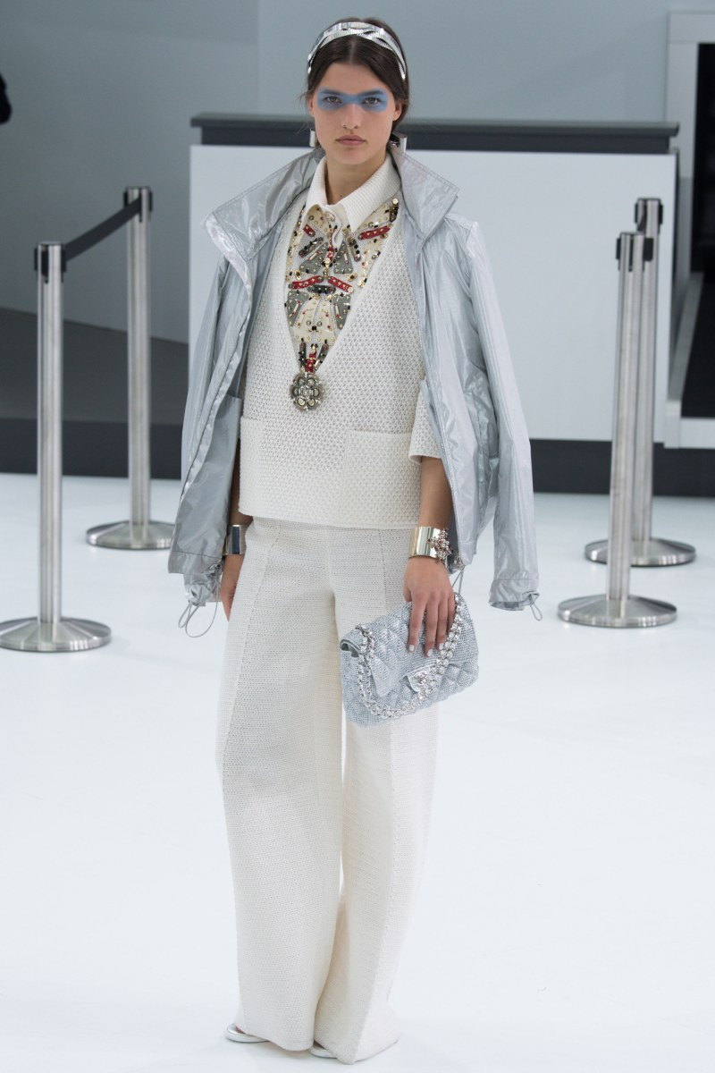 Chanel Ready To Wear SS 2016 PFW (70)