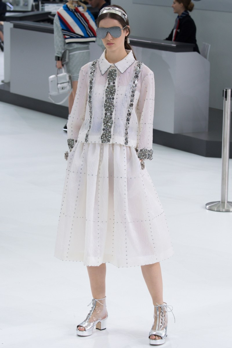 Chanel Ready To Wear SS 2016 PFW (72)