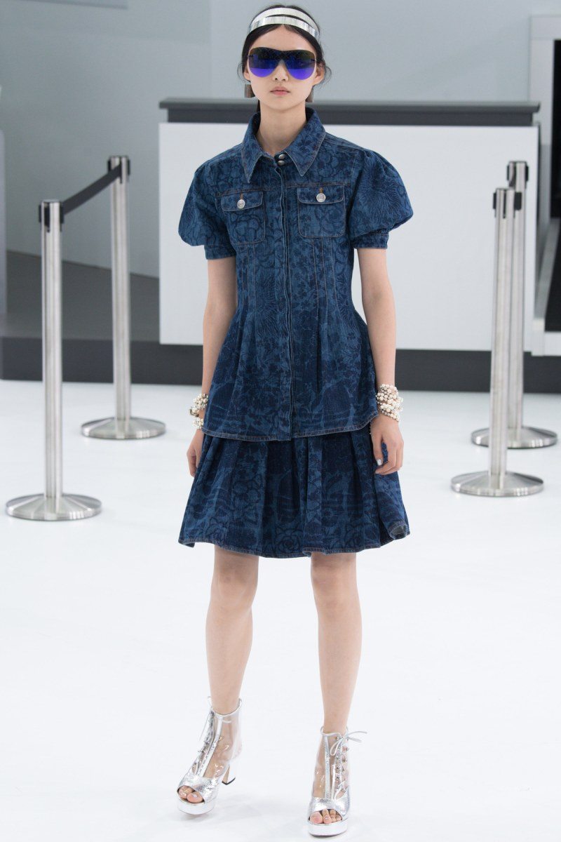 Chanel Ready To Wear SS 2016 PFW (77)