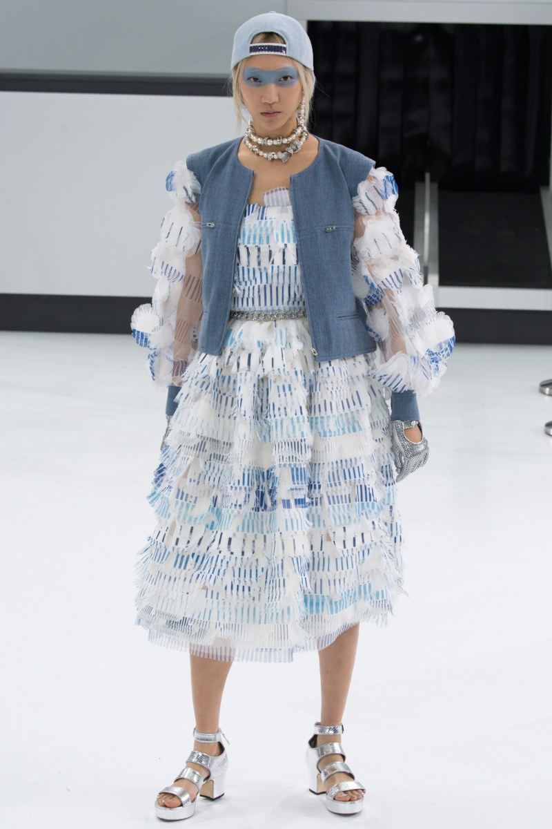 Chanel Ready To Wear SS 2016 PFW (87)