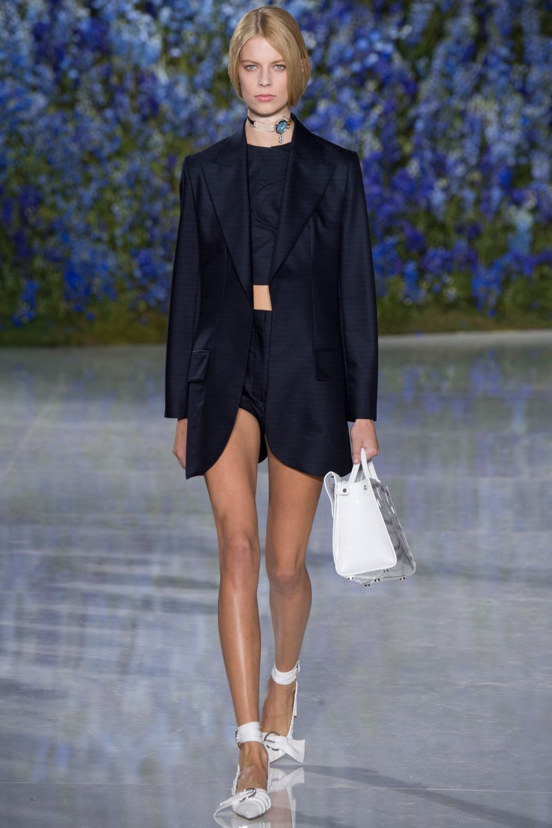 Christian Dior Ready To Wear SS 2016 PFW (37)