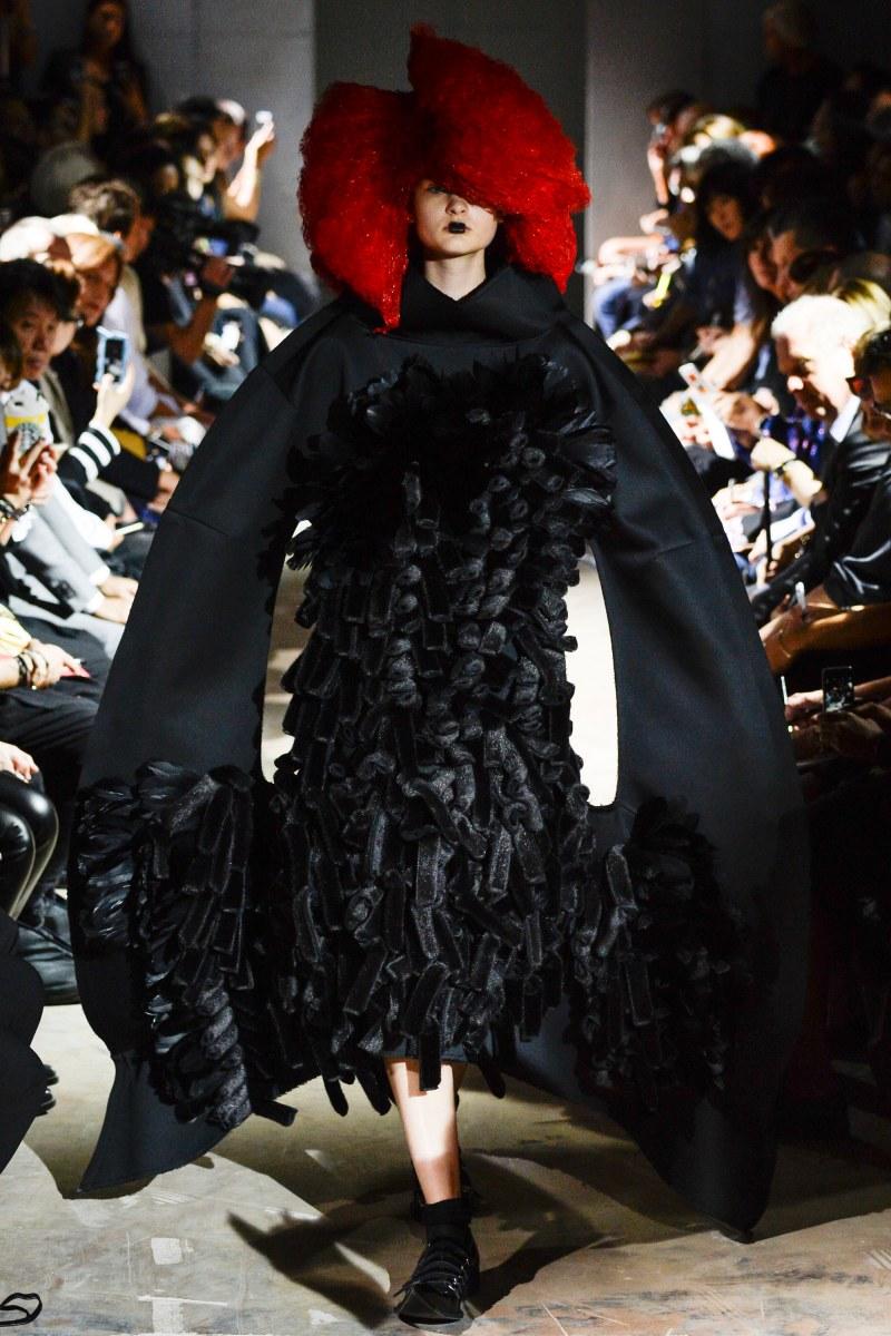 Comme des Garçons Ready To Wear SS 2016 PFW (1)